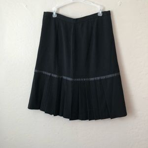 REQUIEMENTS | Pleated Skirt